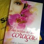 Photo taken at Livraria Saraiva by Simone B. on 1/10/2013