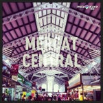 Photo taken at Mercat Central by Félix D. on 4/27/2013