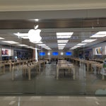 Photo taken at Apple Store, Southdale by Chris D. on 4/20/2013
