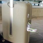 Petit aéroport local...la récupération des bagages fut rapide