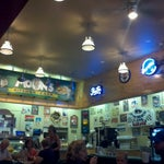 Photo taken at Moon's Kitchen Cafe by Juan Felipe R. on 9/22/2013