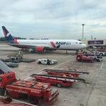 Дон Мыан - второй аэропорт в Бангкоке. В отличии от Суварнабхуми, отсюда можно недорого улететь во многие регионы Таиланда и соседние азиатские страны. Между аэропортами ходит бесплатный автобус.