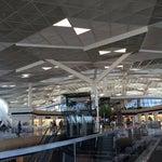 Отличный новый терминал. Чисто, современно, организованно, практически без очередей.Так держать всей стране в целом!