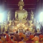 Photo taken at Wat Visuonnaradh by David B. on 8/12/2013