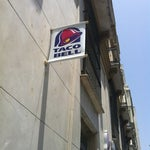 Photo taken at Taco Bell (Alameda Principal) by Victor G. on 6/24/2012