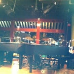 Photo taken at Mojo's Dueling Piano Bar by Christopher G. on 10/27/2011