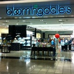 Photo taken at Bloomingdale's by Tania C. on 7/21/2012