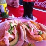 Photo taken at Tacos y Tortas Ahogadas Novilleros by Sisco on 7/21/2012