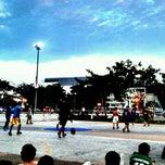 Photo taken at สนามบาส กกท. หัวหมาก by Takkun L. on 8/4/2012