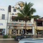 Photo taken at Hard Rock Cafe Cozumel by Uriel O. on 5/4/2012
