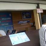 Photo taken at Kantor Samsat Kota Tangerang by Tata L. on 12/6/2014