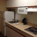 Photo taken at Homestead Studio Suites by Naren on 10/21/2012