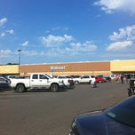 Photo taken at Walmart Supercenter by Bill T. W. on 5/19/2013