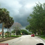 Photo taken at Nob Hill And Broward Blvd by Lisandro C. on 4/22/2013
