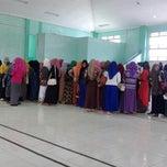 Photo taken at Gedung Poltekkes Kemenkes Aceh by Resti mulia R. on 11/19/2014