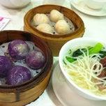 Photo taken at Joy Cuisine 百樂門囍宴 by J L. on 2/26/2013