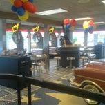 Photo taken at Burger King by Annie K. on 9/5/2014