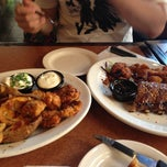 Photo taken at TGI Fridays by Liz L. on 4/27/2013