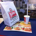 Photo taken at Wendy's by Hub A. on 1/25/2013