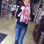 Photo taken at La Moda Salon by Isra Z. on 12/31/2013