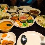 Photo taken at ขนมจีนบางกอก by CHAINARONG D. on 5/16/2015