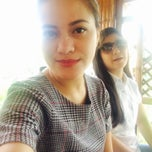 Photo taken at Isdaan Floating Restaurant by Jesica R. on 4/19/2015