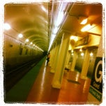 Photo taken at CTA - Grand (Blue) by Mikky J. W. on 10/18/2012