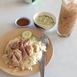 Photo taken at แก้วโอชา by Pitiporn M. on 6/30/2013