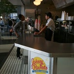 Photo taken at Johnny Rockets by Ken H. on 11/1/2012