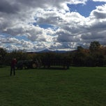 Photo taken at Adams Apple Orchard and Farm Market by Jerrod H. on 10/20/2013