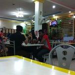 Photo taken at Rosdet Tomyam by Suardi A. on 2/27/2013