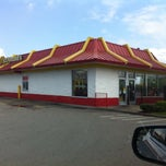 Photo taken at McDonald's by Wesley S. on 4/22/2014