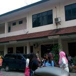 Photo taken at Poltekkes Kemenkes Jakarta 2, Farmasi. by Rahmat R. on 9/6/2014