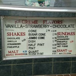 Photo taken at Carl's Ice Cream by Danya B. on 7/19/2013