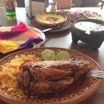 Photo taken at ¡Ké Chamorros! by Monnie G. on 8/25/2013