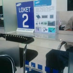 Photo taken at Samsung Service Center by Febrian T. on 8/21/2014