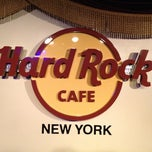 Photo taken at Hard Rock Cafe New York by Alexey (ЦАРЬ) on 3/22/2013