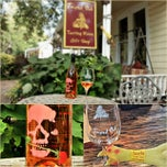 Photo taken at Twisted Oak Winery Murphys Tasting Room by Bob B. on 8/3/2014