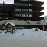 Photo taken at Arosa Kulm Hotel And Alpin Spa by Miriam on 12/29/2012