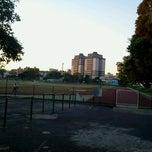 Photo taken at Pista de Cooper Clube dos Oficiais by Emile S. on 10/5/2012
