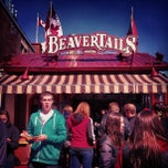 Photo taken at BeaverTails by Rodrigo G. on 4/6/2013