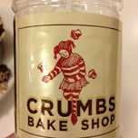 Photo taken at Crumbs Bake Shop by Julio B. on 11/20/2012