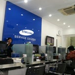 Photo taken at Samsung Service Center by Hans G. on 1/29/2013