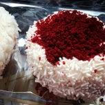Photo taken at Crumbs Bake Shop by Gennadiy R. on 4/1/2013