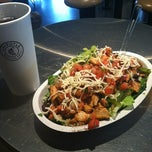 Photo taken at Chipotle Mexican Grill by Dustin D. on 10/26/2012