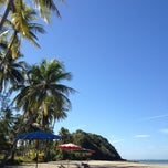 Photo taken at Sukorn Beach Bungalows Trang by Kai on 3/17/2013