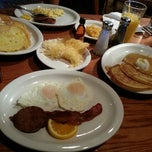 Photo taken at Cracker Barrel Old Country Store by josh on 8/31/2012