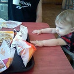 Photo taken at Taco Bell by Rachelle F. on 7/24/2011