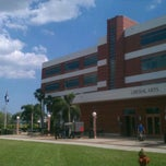 Photo taken at Florida Atlantic University (Davie Campus) by Peter B. on 4/12/2012