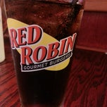 Photo taken at Red Robin Gourmet Burgers by Danielle W. on 7/7/2013